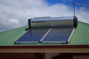 solahart-solar-hot-water-heater-service-installation-15
